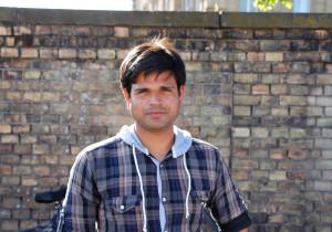"""Untypisch, aber ergreifend die Geschichte von Firoz Khan: seine Mutter und sieben Geschwister musste er in Indien verlassen. Und dennoch zählt er sich zu den """"Glücklichen"""", er ist glücklich in Deutschland Freiheit genießen zu können."""